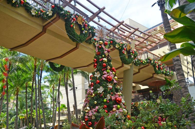 ロイヤルハワイアンのクリスマスツリー